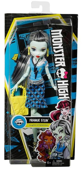 DVJ19 / DVJ17 Ever After High Madeline Hatter Powerful Princess Dolls