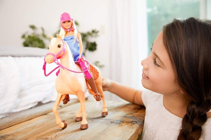 FXH13 Mattel  Barbie  Doll, and Horse, Blonde