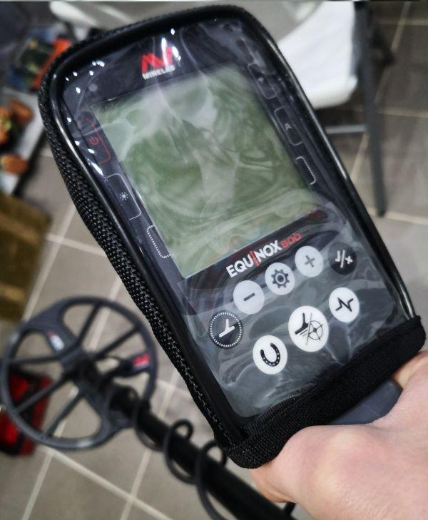 Minelab Equinox 600 metāla detektors