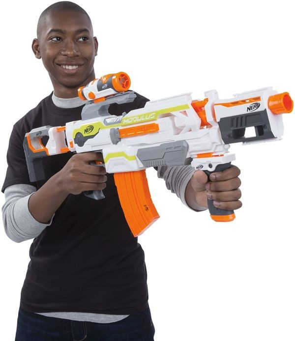E6187 NERF Zombie Strike Alternator Blaster - Fires 3 Ways