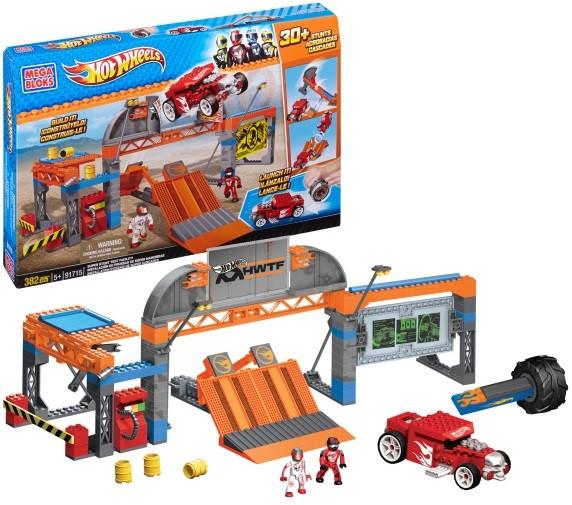 DRB29 Hot Wheels Fold & Go Rooftop Race Garage With Car  Mattel